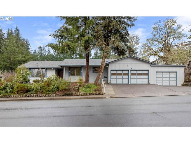 2115 W Harrison Ave, Cottage Grove, OR 97424 (MLS #21097085) :: Song Real Estate