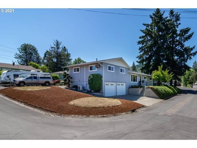 397 W Carroll Ct, Roseburg, OR 97471 (MLS #21097240) :: Cano Real Estate