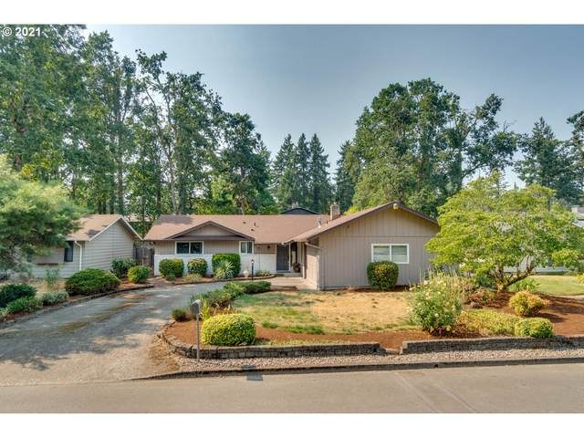 5355 SE Roethe Rd, Milwaukie, OR 97267 (MLS #21097320) :: Premiere Property Group LLC