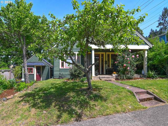 1741 E 25TH Ave, Eugene, OR 97403 (MLS #21101001) :: Beach Loop Realty