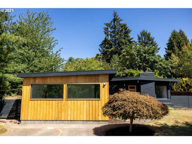 818 SE 114TH Pl, Portland, OR 97216 (MLS #21101573) :: Real Tour Property Group