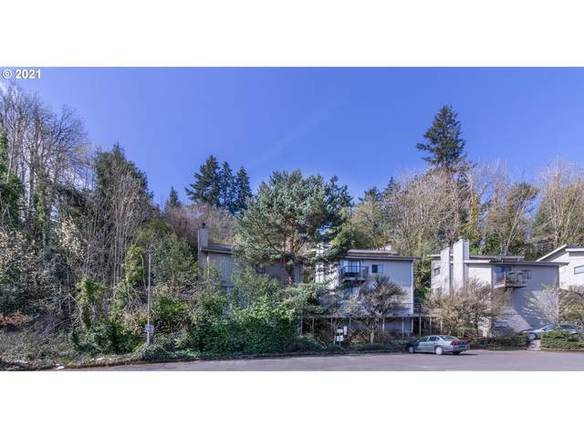 1344 SW Custer Dr, Portland, OR 97219 (MLS #21104049) :: Song Real Estate