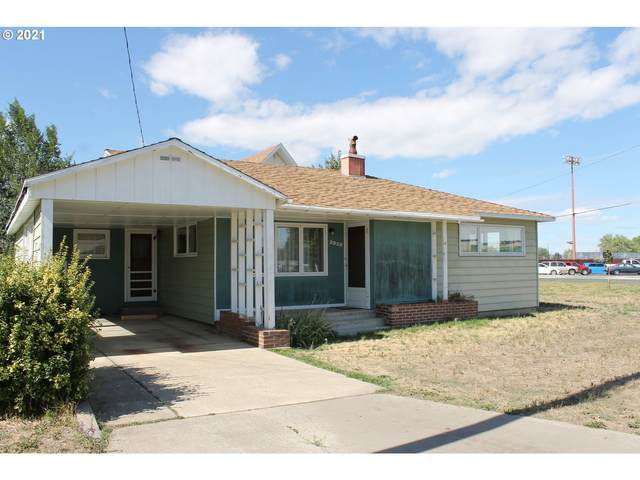 2935 7TH St, Baker City, OR 97814 (MLS #21104711) :: Townsend Jarvis Group Real Estate