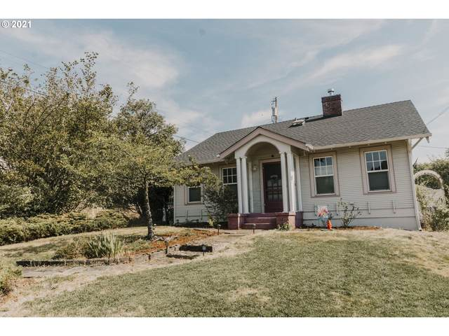 577 NE Winchester St, Roseburg, OR 97470 (MLS #21105036) :: Fox Real Estate Group