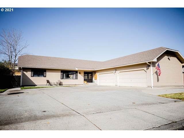469 NW 22nd St, Pendleton, OR 97801 (MLS #21106260) :: Windermere Crest Realty