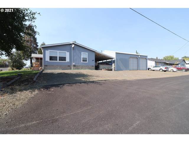 161 SE Ronald St, Winston, OR 97496 (MLS #21108629) :: Townsend Jarvis Group Real Estate