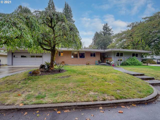 412 Island Aire Dr, Woodland, WA 98674 (MLS #21108830) :: Coho Realty