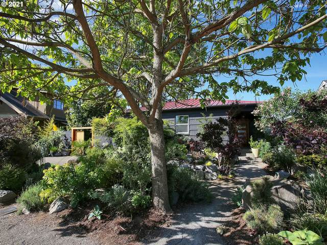 6738 N Willamette Blvd, Portland, OR 97203 (MLS #21108945) :: RE/MAX Integrity