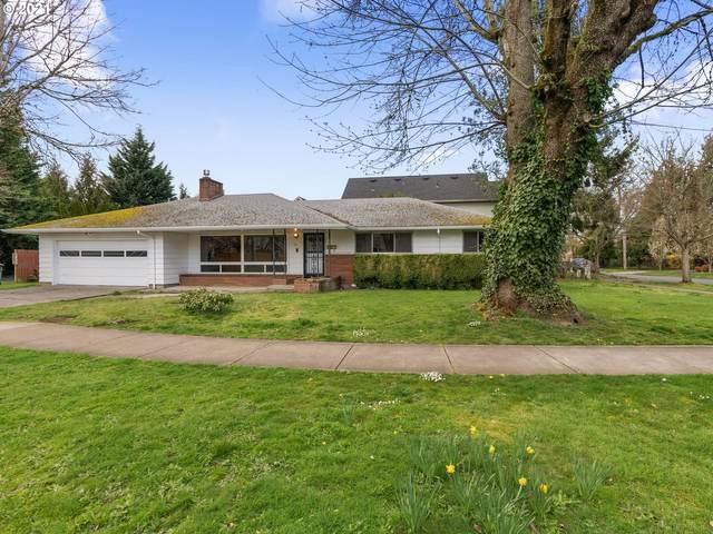 271 NE Jackson St, Hillsboro, OR 97124 (MLS #21111033) :: Fox Real Estate Group