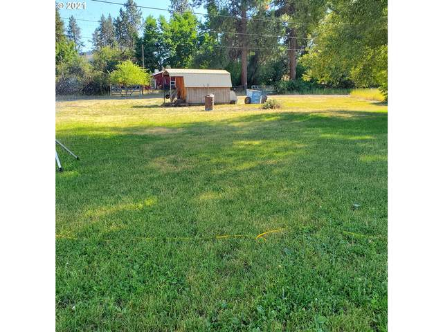 809 Couch Ave, Wallowa, OR 97885 (MLS #21112632) :: Beach Loop Realty