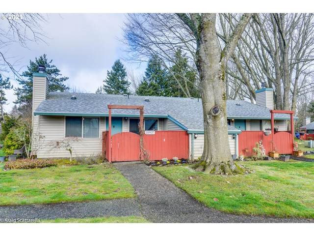 10937 SW 121ST Ave, Tigard, OR 97223 (MLS #21115383) :: Premiere Property Group LLC