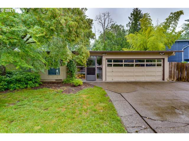 6700 SW Rollingwood Dr, Beaverton, OR 97008 (MLS #21115937) :: McKillion Real Estate Group