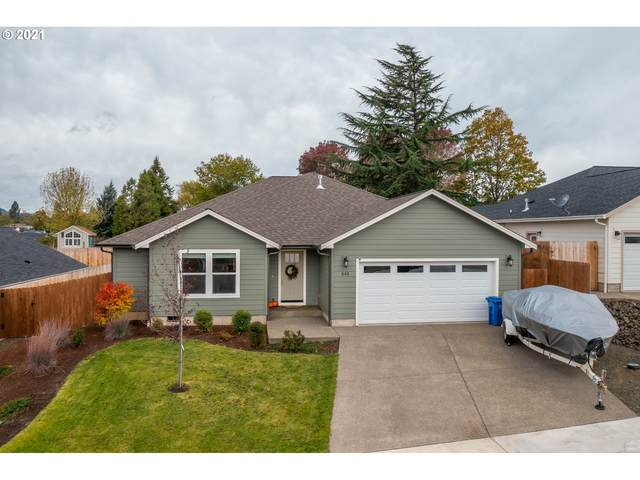 545 SE Rose Ridge Dr, Winston, OR 97496 (MLS #21116014) :: Holdhusen Real Estate Group