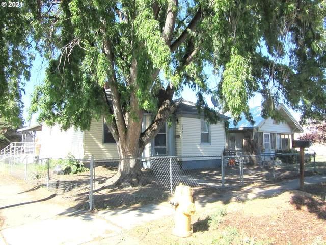 2338 Madison St, Baker City, OR 97814 (MLS #21116140) :: Fox Real Estate Group