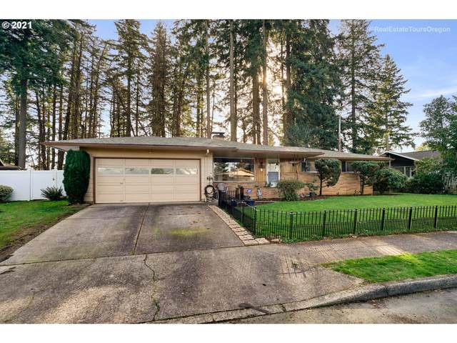 640 NE 199TH Ave, Portland, OR 97230 (MLS #21116276) :: Song Real Estate