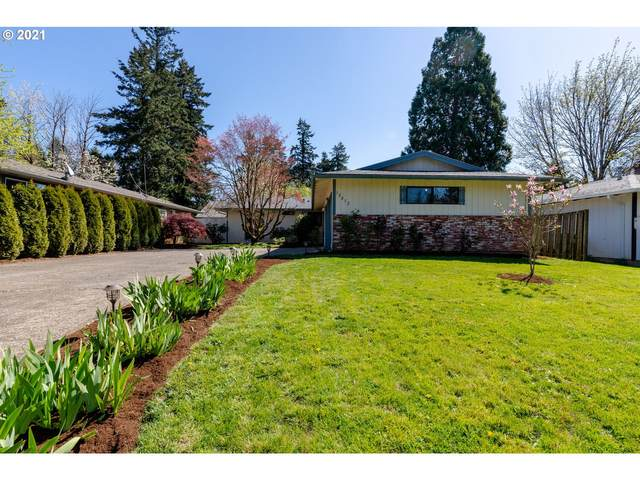 10812 SE 77TH Ave, Milwaukie, OR 97222 (MLS #21117970) :: Premiere Property Group LLC