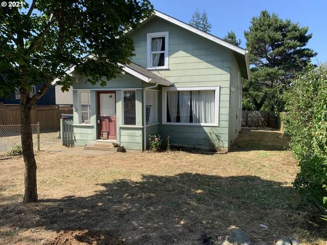 640 E 3RD St, Coquille, OR 97423 (MLS #21118668) :: The Haas Real Estate Team