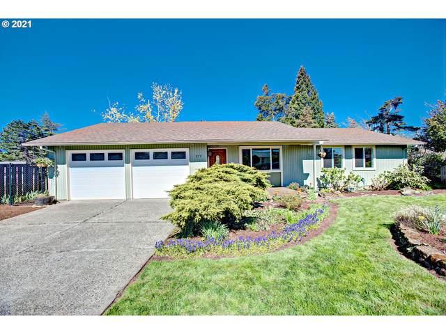 377 Elmwood Ct, Oregon City, OR 97045 (MLS #21119740) :: Stellar Realty Northwest