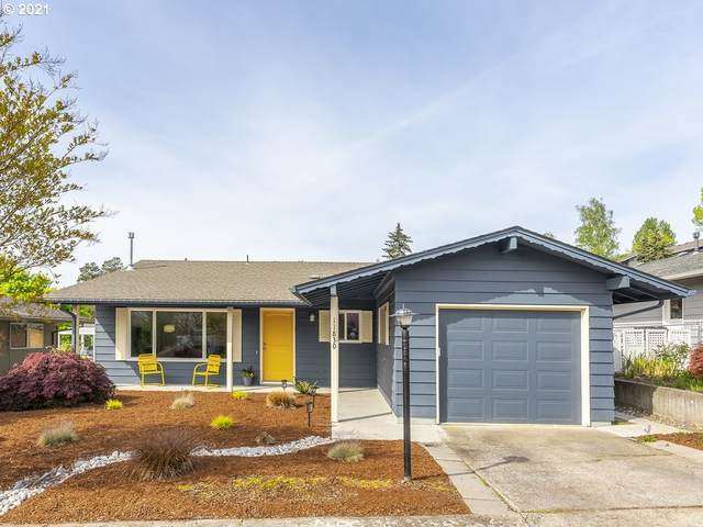 11830 SW King George Dr, King City, OR 97224 (MLS #21121262) :: The Pacific Group