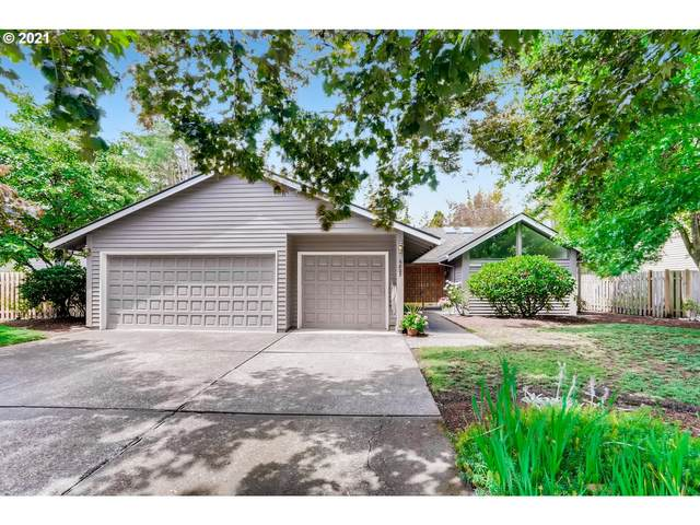 6825 SW Molalla Bend Rd, Wilsonville, OR 97070 (MLS #21124378) :: Fox Real Estate Group