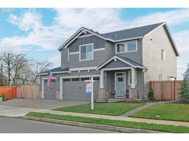 2265 SE 12TH Ave, Canby, OR 97013 (MLS #21126030) :: TK Real Estate Group