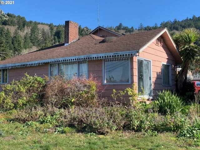 15721 Hwy 101, Brookings, OR 97415 (MLS #21126596) :: Beach Loop Realty