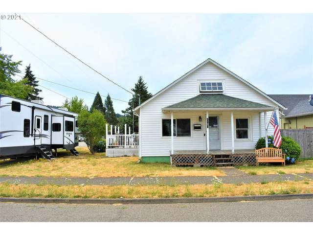 1131 E Madison Ave, Cottage Grove, OR 97424 (MLS #21126633) :: Beach Loop Realty