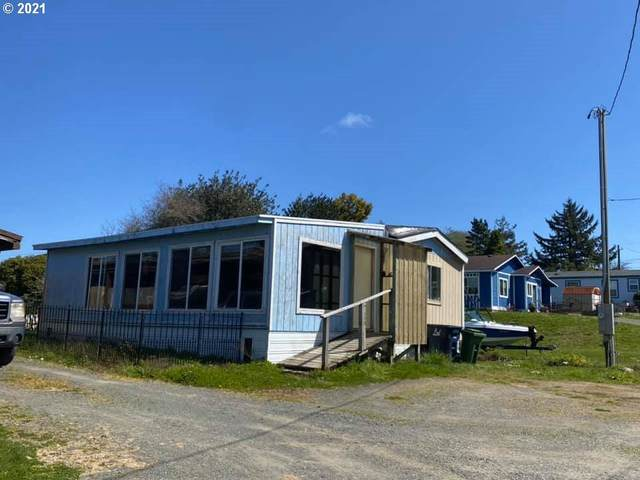 91293 Hedge Ln, Coos Bay, OR 97420 (MLS #21130335) :: Cano Real Estate