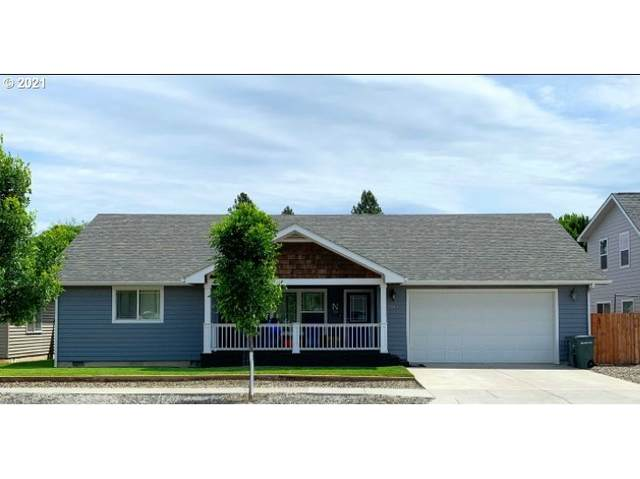 2507 Starlight Dr, La Grande, OR 97850 (MLS #21131864) :: Real Tour Property Group