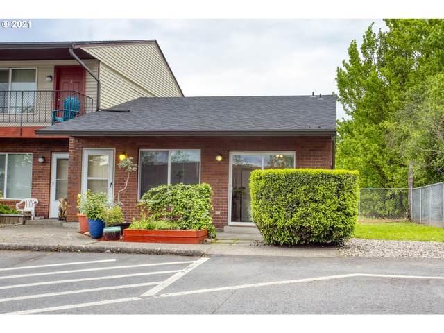 8208 NE 13TH Ave #4, Vancouver, WA 98665 (MLS #21133963) :: Brantley Christianson Real Estate