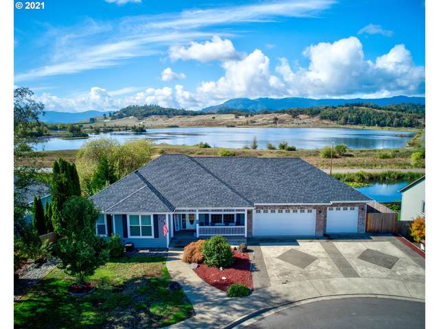 105 Frontier Ct, Sutherlin, OR 97479 (MLS #21134273) :: Townsend Jarvis Group Real Estate