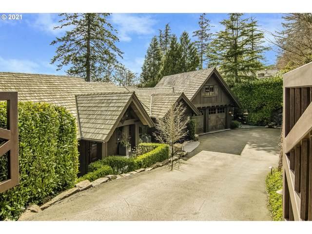 3930 SW Greenleaf Dr, Portland, OR 97221 (MLS #21136581) :: Song Real Estate