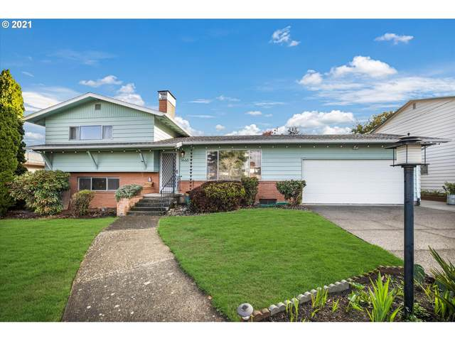 3660 NE 133RD Ave, Portland, OR 97230 (MLS #21137646) :: Song Real Estate