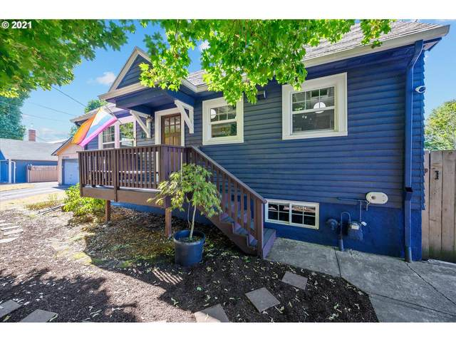 3715 SE 15TH Ave, Portland, OR 97202 (MLS #21138983) :: Windermere Crest Realty