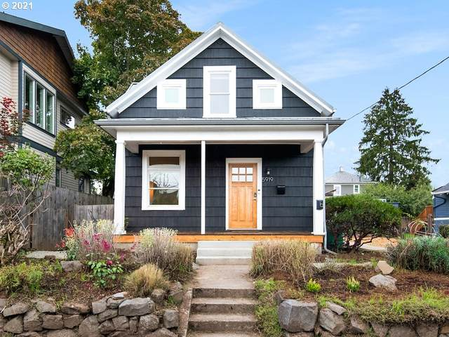5919 NE 10TH Ave, Portland, OR 97211 (MLS #21139267) :: The Pacific Group
