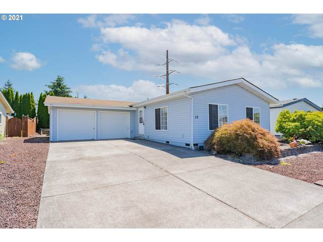 16500 SE 1ST St #10, Vancouver, WA 98684 (MLS #21139362) :: Cano Real Estate