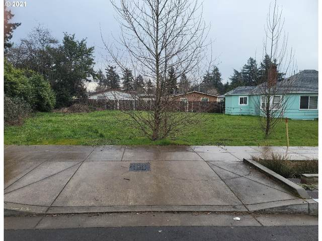 SE 131ST Ave, Portland, OR 97236 (MLS #21143828) :: The Pacific Group