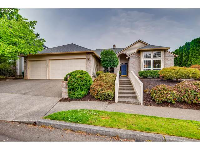 12431 SE Lynda Ln, Happy Valley, OR 97086 (MLS #21143897) :: Premiere Property Group LLC
