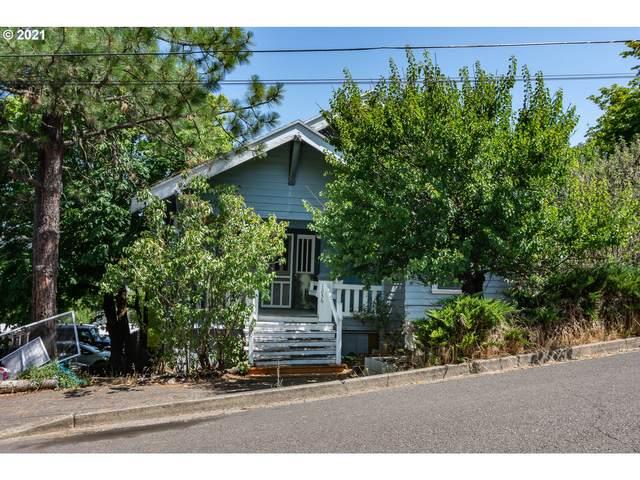 1236 SE Washington Ave, Roseburg, OR 97470 (MLS #21144491) :: Beach Loop Realty