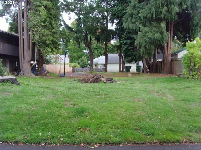 1634 8TH Ave, Longview, WA 98632 (MLS #21144572) :: Cano Real Estate