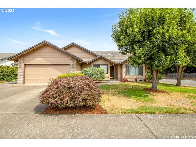 806 Diamond St, Springfield, OR 97477 (MLS #21145375) :: Song Real Estate