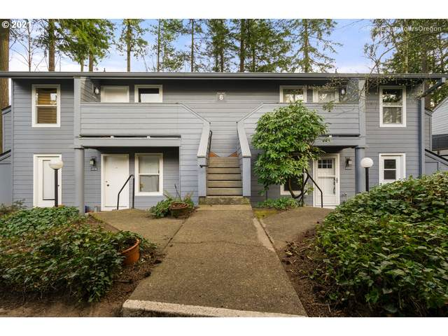 4320 SW Dickinson St #20, Portland, OR 97219 (MLS #21147452) :: Beach Loop Realty