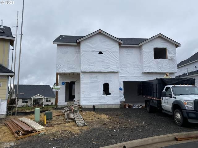219 W Taylor Dr, Newberg, OR 97132 (MLS #21148075) :: Oregon Farm & Home Brokers