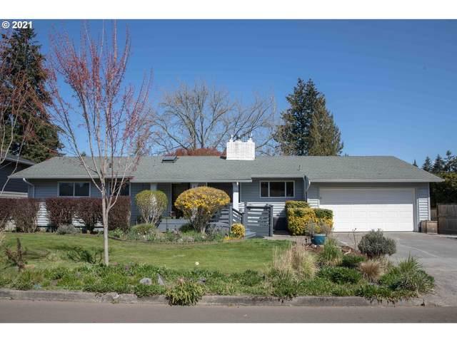 1939 SE Oak Crest Dr, Hillsboro, OR 97123 (MLS #21148321) :: Fox Real Estate Group
