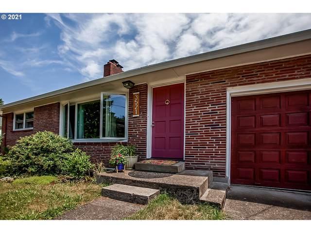 3521 Kauffman Ave, Vancouver, WA 98660 (MLS #21148714) :: Brantley Christianson Real Estate