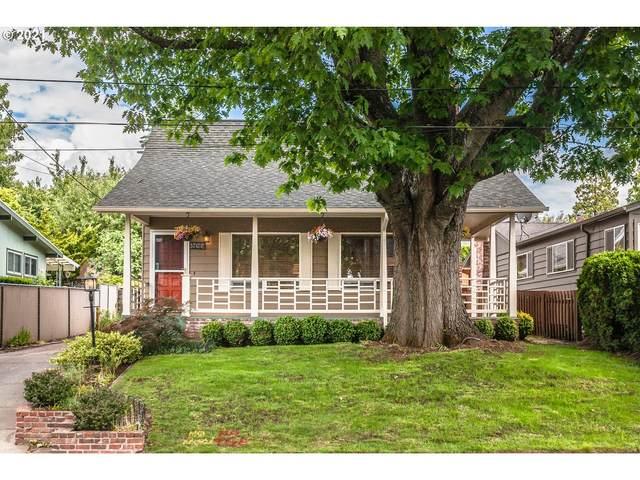 5032 SE 36TH Pl, Portland, OR 97202 (MLS #21150291) :: McKillion Real Estate Group