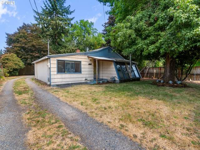 13531 SE Foster Pl, Portland, OR 97236 (MLS #21151355) :: Fox Real Estate Group