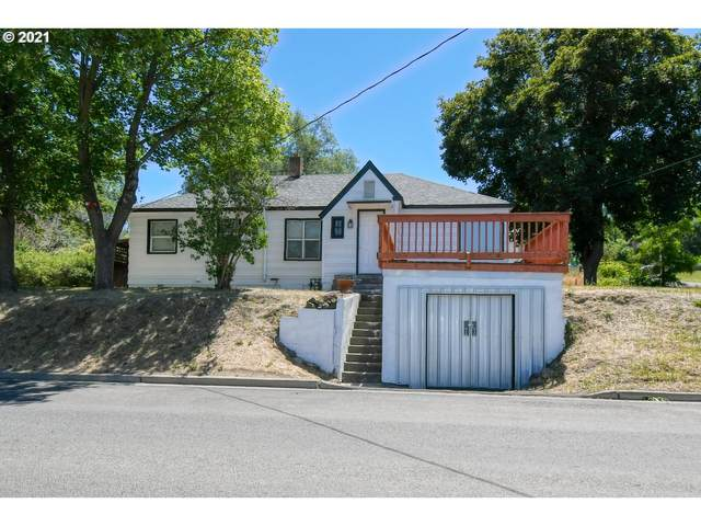 212 SE Isaac Ave, Pendleton, OR 97801 (MLS #21155308) :: McKillion Real Estate Group