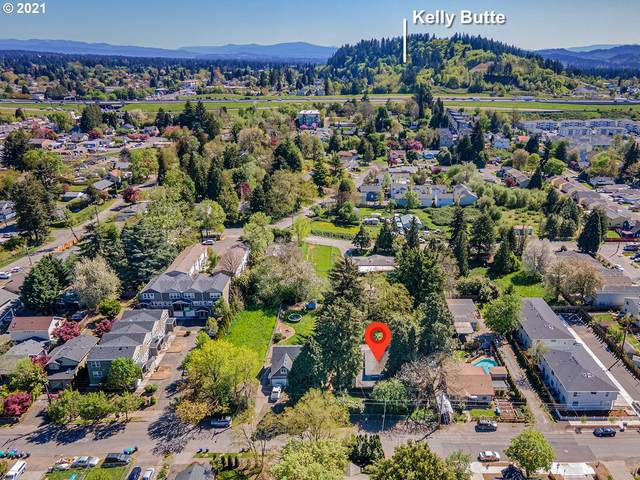 2826 SE 87TH Ave, Portland, OR 97266 (MLS #21156891) :: Song Real Estate