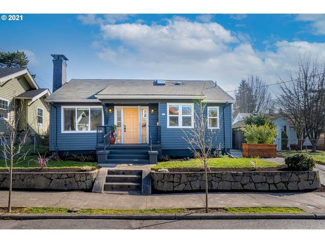 544 SE 46TH Ave, Portland, OR 97215 (MLS #21158182) :: Fox Real Estate Group